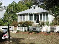 37) Fels Ave Cottage